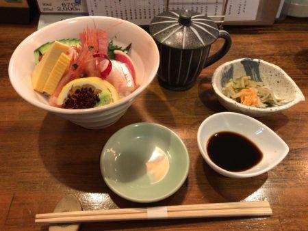 大和八木駅に近い山葵のランチメニュー海鮮丼