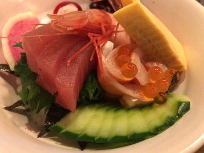 山葵のランチメニュー海鮮丼のアップ
