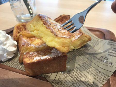 田原本のパンカフェ「プラススクエア」のフレンチトースト