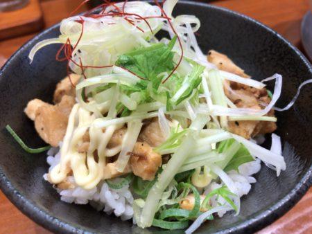 田原本、暁製麺のチャーシュー丼