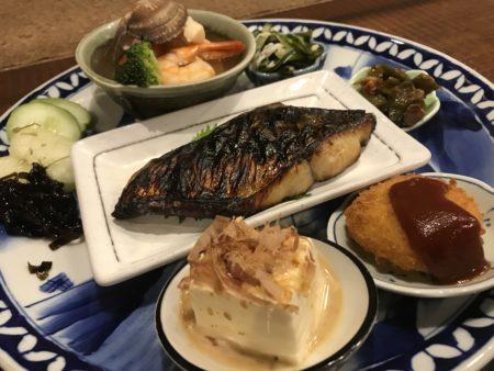 新ノ口駅近くのランチカフェガルボの大皿盛合せ料理