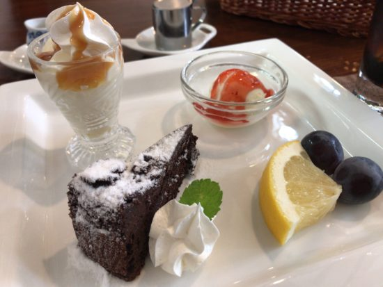 橿原市醍醐町のランチカフェTroomCafeティールームカフェのデザートプレート