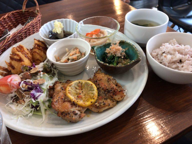 橿原市醍醐町のランチカフェtroomcafeのアイキャッチ