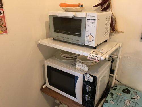 奈良・葛城のベーカリーシカフェカントリーロードのセルフトースターと電子レンジ